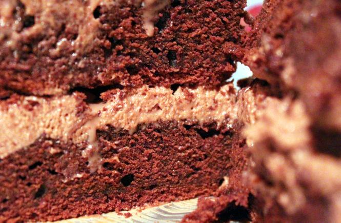 tort czekoladowy z Nutellą